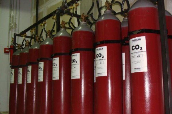formula-pyrosvestires-29323D28AC-E50B-E60E-8519-F344AD94721E.jpg